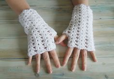 How To Crochet Iris Stitch Finger-less Mitten Wrist Warmers