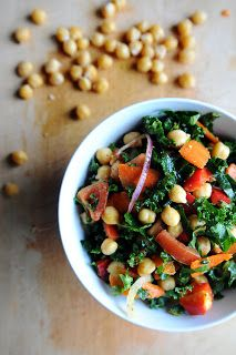Food: Kale salad with chickpeas | Journal Through Lens