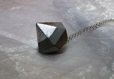 Kette Beton Diamant silber Spitze von CharLen auf DaWanda.com