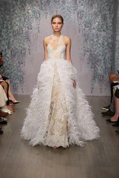 Monique Lhuillier Bridal Fall 2016 Collection Photos - Vogue