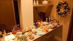 Super healthy breakfast B & B, Lilac, Table Settings, Boutique, Breakfast, Healthy, Morning Coffee, Syringa Vulgaris, Place Settings