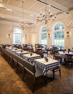 A New Restaurant Makes Its Debut in New York's Botanical Garden Photos | Architectural Digest