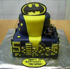 More Batman cake...