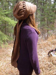 Wrap Bonnet in Brown Linen