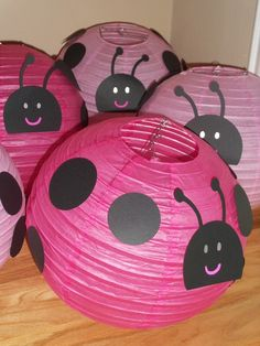 pink ladybug party, I would make red Pink Ladybug Birthday, Ladybug 1st Birthdays, Ladybug Party, Ladybug Decor, Ladybug Girl, Birthday Fun, First Birthday Parties, Birthday Party Themes, Birthday Ideas