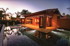 San Diego, California     Couples looking to unwind after their wedding day should escape to this golden state where the beautiful beaches (courtesy of the Pacific Ocean) and year-round gorgeous weather are unparalleled. For a luxurious retreat, journey to  Rancho Valencia Resort & Spa , a Relais & Châteaux property (pictured here), also listed as one of Condé Nast Traveler's hot spots for 2013. A quick 30-minute drive from the San Diego International Airport, this serene scene promises 45…