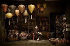 Tienda de linternas Swee Choo Oh Las duras y fascinantes fotografías ganadoras del Sony World Photography Awards 2016 | FURIAMAG | Visibilizamos - Inspiramos - Conectamos