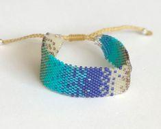 Ladrillo 1011 Friendship Bracelets, Cuff Bracelets, Embroidery Jewelry, Beading Ideas, Beads, Ideas Para, Watches, Diy, Fashion