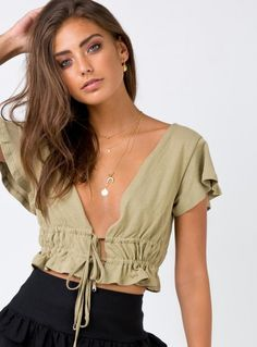 Shop Princess Polly women's online fashion boutique for the latest styles & trends of Tops! Crop Top Outfits, Casual Outfits, Cute Outfits, Fashion Outfits, Diy Fashion Tops, Skater Outfits, Emo Outfits, Fashion Sewing, Disney Outfits
