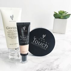 NEW POST #ontheblog #linkinbio Iv been trying out a few younique products for a while and Iv found 3 that are definitely worth the hype! . . . . #beautyblogger #blogger #beautyblog #makeuplover #makeupaddict #younique #youniquemakeup #concealer #powder #primer #beautyaddict #bblogger