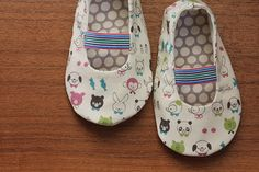 sweet-pea-pattern-shoes- pattern needs to be bought, but shouldn't be too hard to reverse engineer.