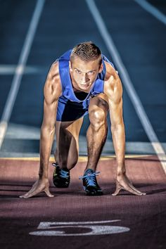 High school senior, track and field, senior photograqphy