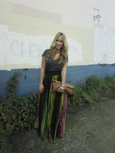 How to wear a maxi skirt. Love how she paired it with a basic top!