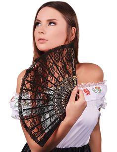 Wachlarz koronkowy w czarnym kolorze, Doskonały dodatek dla uczestniczek wieczoru panieńskiego, który wprowadzi was w tajemniczy klimat.