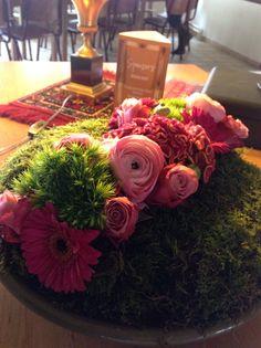 Tafelstuk tint roze gemaakt door Sonja Derwael, schaal rond