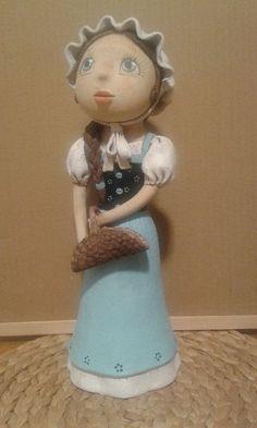 Levandulova Paper Clay, Arts And Crafts, Pottery, Ceramics, Disney Princess, Disney Characters, Inspiration, Vases, Baby Dolls