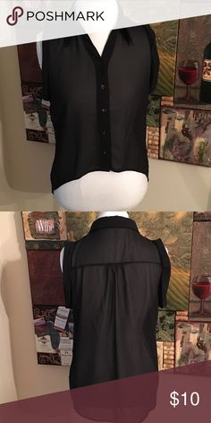 BLACK SHEER BUTTON UP. SHORT SLEEVE HI LOW TOP SZM BLACK SHEER BUTTON UP TOP. Short Sleeve Hi Low size M Never worn. NWOT Tops Button Down Shirts