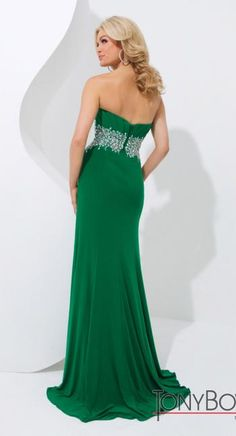 #prom #allure #dress #green @Terry Song Costa  #tonybowls #prom #dresses