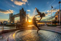 Explore the wonders of London and its environs with Four Seasons London Bridge, London City, Beautiful London, Hdr Photography, Inspiring Photography, Animal Photography, Travel Magazines, N21, London Photos