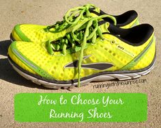 How to choose running shoes. Especially helpful for beginners who need to make sure they're in the right running shoe! The right shoe can make all the difference between sticking with running or giving up. #run
