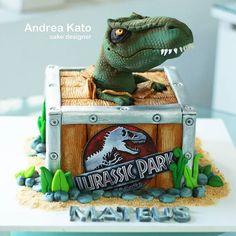 Dinasour Birthday Cake, 2 Birthday Cake, Dinosaur Birthday Party, Park Birthday, 6th Birthday Parties, 4th Birthday, Jurassic World Cake, Jurassic Park Party, Dino Cake