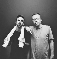 Macklemore & Ryan Lewis 09/07/2016 FCKN AWESOME as usual