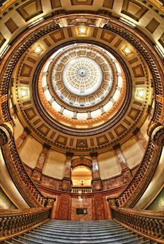 Colorado State Capitol Building, Denver - i love architectural photography. this one is real nice.