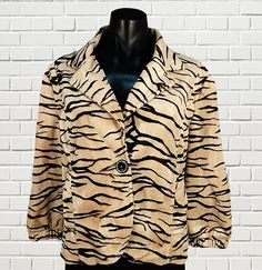 TEABERRY Ladies animal print button front lined furry short jacket 3/4 length sleeves size 16 by sprocket2chain - $29.00