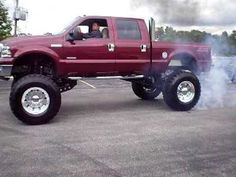 lifted ford f350 | Lifted Ford F-350 Superduty Doing a Burnout - YouTube