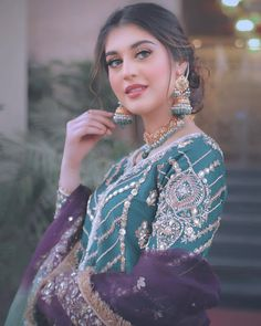 Pakistani Wedding Outfits, Pakistani Dresses Casual, Indian Fashion Dresses, Dress Indian Style, Pakistani Dress Design, Girls Fashion Clothes, Muslim Fashion, Bridal Mehndi Dresses, Asian Bridal Dresses