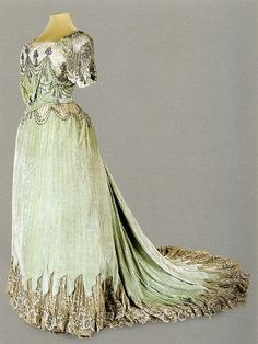 Evening Dress of Empress Alexandra Feodorovna. 1902-1903