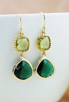 Emerald glass and Olive green glass connector Stylish Glass Drop Earrings