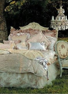 . decor, princess, beds, shabbi chic, shabby chic, bedrooms, dream bed, bed skirts, sweet dreams