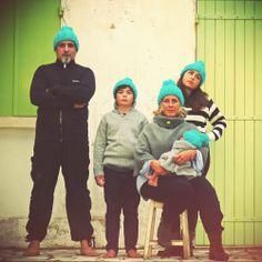 PomPomPomPom  1 kit = 2 bonnets chauds avec un beau pompon peace&wool