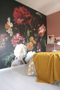 Slaapkamer zoekt kleur: bloemenbehang en roze | Eenig Wonen | Bloglovin'