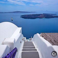 Stairway to Heaven, Santorini, Greece. Photo courtesy of sassychris1 on Instagram.