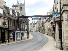 """@Luz Verkiel...Stamford Lincolnshire England i have this pinned to """"places I remember"""" my memory of lovely places pin ups.."""