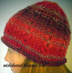Talla para adulto. El punto es elástico por lo que se ajusta perfectamente a la cabeza.   Materiales necesarios: 50g de lana Broadway de Ka...