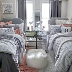 39 Awesome Dorm Room Decoration with Double Bed - Dorm Room Hacks Ideas College Bedroom Decor, College Room, Room Ideas Bedroom, Girls Bedroom, Teen Shared Bedroom, Twin Girl Bedrooms, Girl College Dorms, Uk College, College Students