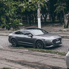Audi the Boss Audi 100, Audi Sport, Sport Cars, Audi A7 Interior, Audi A7 Sportback, Suv Cars, Volkswagen, Car Advertising, Future Car