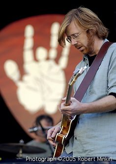 Trey with Jerry hand backdrop The Strokes Band, Trey Anastasio, The Jam Band, Music Pics, The Black Keys, Phish, Forever Grateful, Film Music Books, Grateful Dead