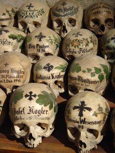 Beinhaus, Hallstatt | Par Earthmagnified