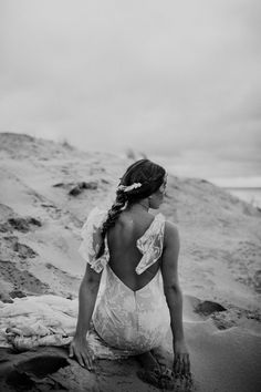 Photo: Alice Mahran - Lookbook Wild at heart bridal. Dresses: ODYLYNE, Daughters Of Simone, Rue De Seine, Bo & Luca, Alexandra Grecco, & For Love, A La Robe