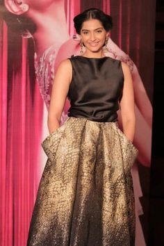 Sonam Kapoor at L'Oréal Paris India Cannes Press Conference