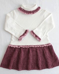 Picture of Petite Shells T-Shirt Dress Crochet Pattern