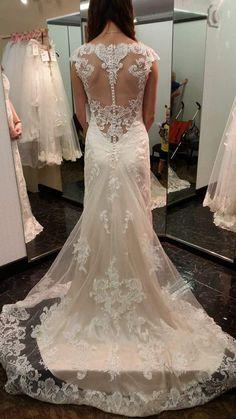 Maggie Sottero Francesca, $775 Size: 8 | Used Wedding Dresses