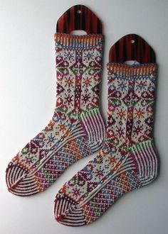 Ravelry: Project Gallery for Snowflake socks pattern by Ellen Wixted by tracey Crochet Socks, Knit Mittens, Knitting Socks, Knit Or Crochet, Baby Knitting, Knit Socks, Free Knitting, Knitting Designs, Knitting Projects