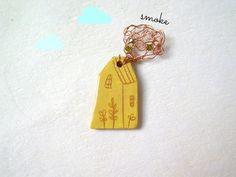 Casetta spilla in ceramica gialla / Little ceramic house brooch : Broche par alisanna