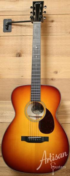 Collings OM1 Maple A SB Adirondack Spruce and Maple with Full Body Sunburst