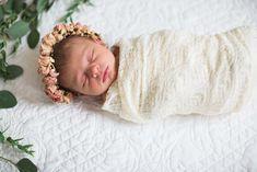 Annie Newborn Shoot floral newborns, newborn flower crown, boho newborns, lace newborn swaddle, sweet newborns, eucalyptus newborn, fort worth newborn photographer, newborn photography